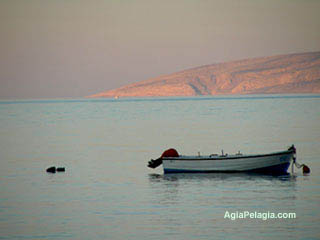 fishing boat - Agia Pelagia holiday resort on Crete